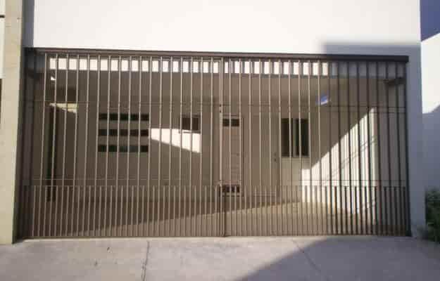 Herreria en veracruz protecciones barandales portones for Imagenes puertas de herreria para exterior