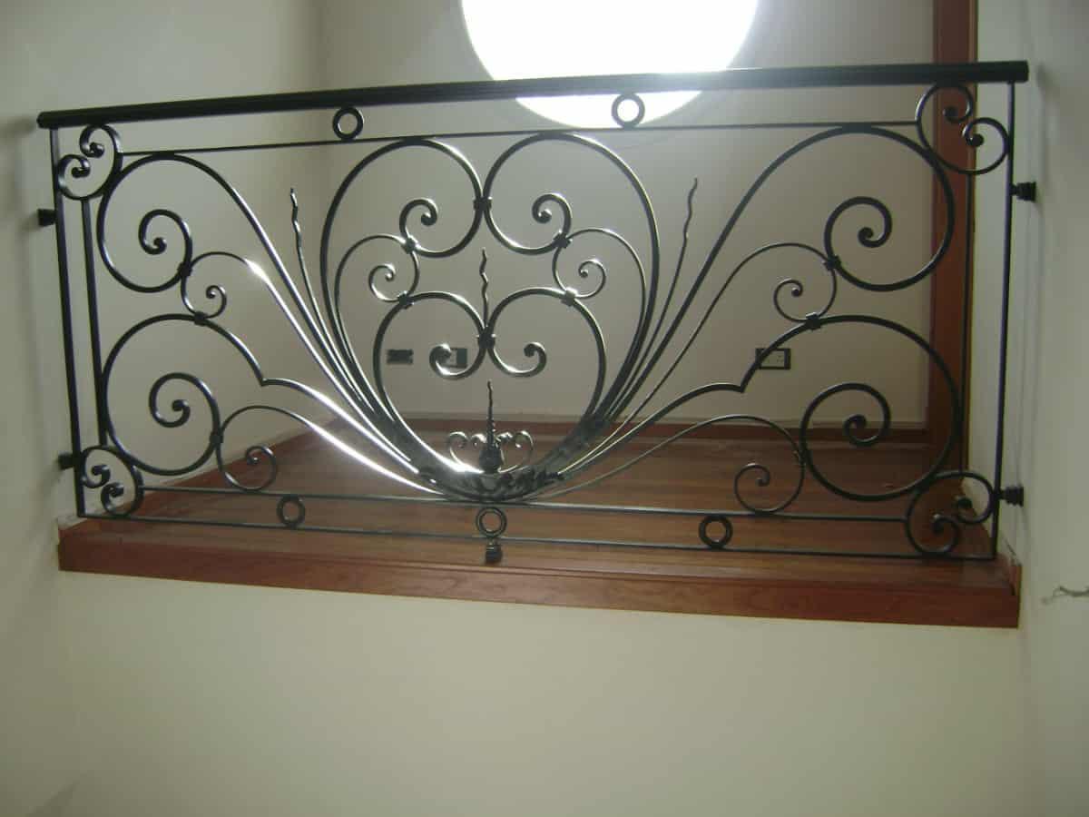 Fabricantes de puertas de herreria artistica y ventanas en for Puertas de herreria artistica